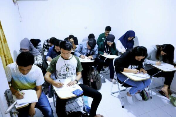 Study club bimbel stan